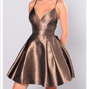 NWOT Fashion nova Bronze metallic dress